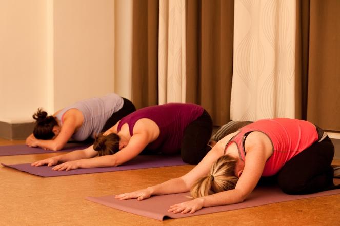 Prenatal_Yoga_010